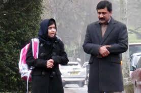 Malala Yousafzai con il padre