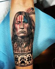 Il tatuaggio di Bronson Koenig